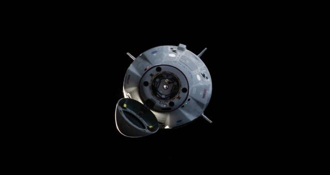 SpaceXin personel taşıyıcı mekiği Dünyaya geri döndü