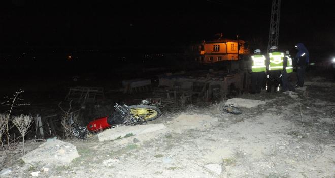 Niğdede motosikletler çarpıştı: 1 ölü, 1 yaralı