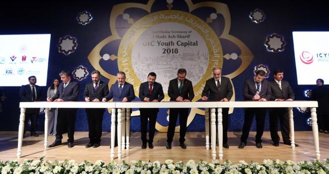 İslam Dünyası Gençlik Başkenti unvanını Doha devraldı