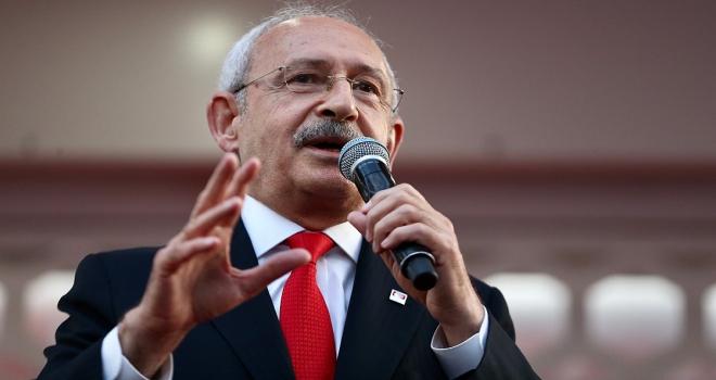 Kılıçdaroğlu: Sanatçılar bizi bazen eleştiriyor, o eleştirilere de saygı duyacağız