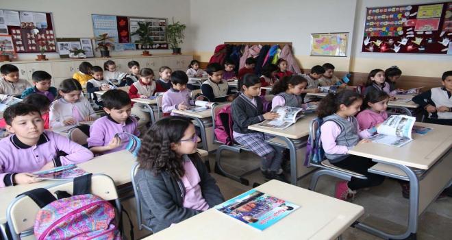 Küçük Gezgin Sivasta okul sıralarında