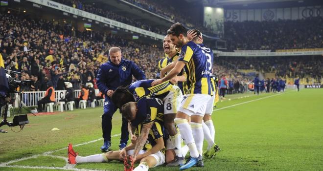 Goller ikinci yarı geldi kazanan Fenerbahçe oldu