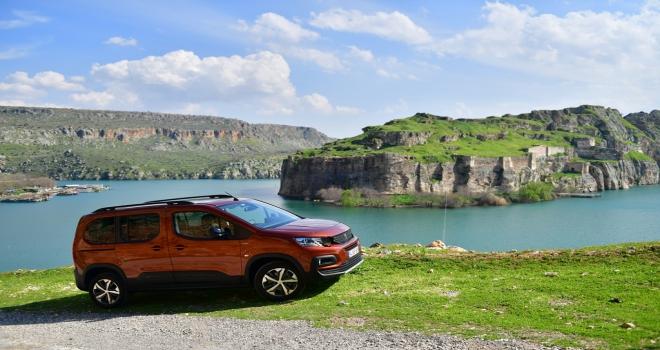Yeni Peugeot RIFTER, Türkiyede satışa sunuluyor