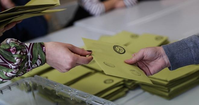İstanbulun 5 ilçesinde geçersiz oylar yeniden sayılacak
