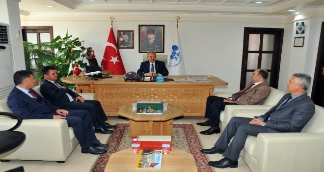 Akşehirde Belediye Başkanı Akkayaya tebrik ziyaretleri