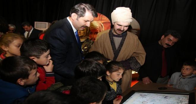 Sivasta Altın Çağda Bilim Sergisi açıldı