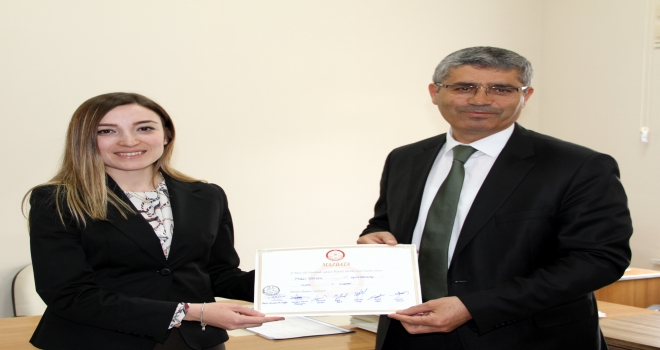 Suşehri Belediye Başkanı Yüksel, mazbatasını aldı