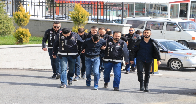 Karamandaki uyuşturucu operasyonuda 3 tutuklama