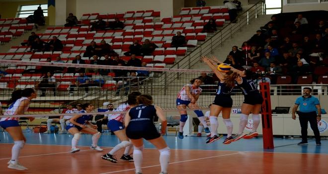 Voleybol: Bayanlar 1. Lig final etabı