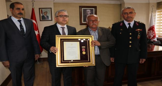 Niğdede Devlet Övünç Madalyası Tevcih Töreni