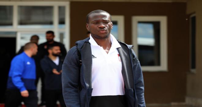 Demir Grup Sivasspor kafilesi İzmire gitti