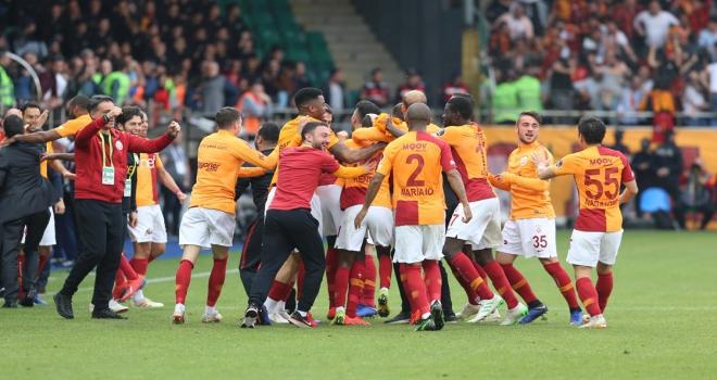 Galatasaray yenilmezlik serisi 18 maça çıktı