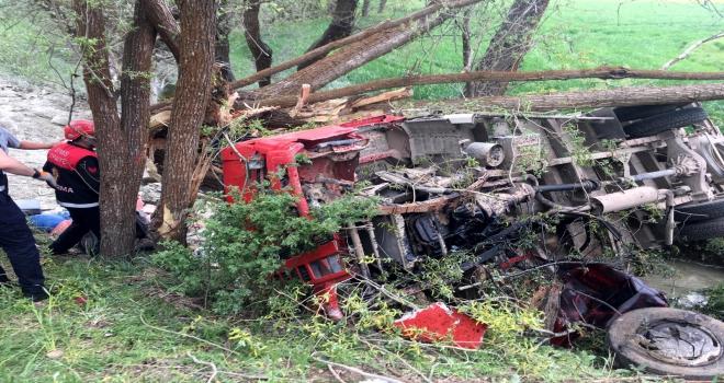 Sivasta trafik kazası: 1 ölü, 2 yaralı