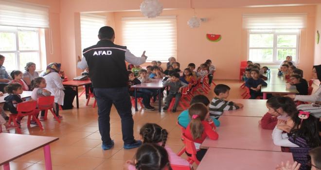Okullarda ilk yardım ve afet bilinci eğitimi