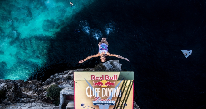 Red Bull Cliff Diving İtalya'ya taşınıyor