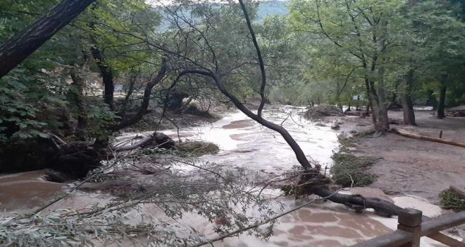 Mihalıççıkta şiddetli yağış