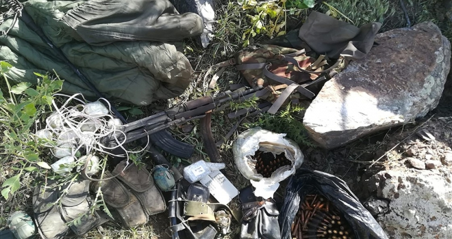 Pençe Harekatında çok sayıda silah ve patlayıcı ele geçirildi