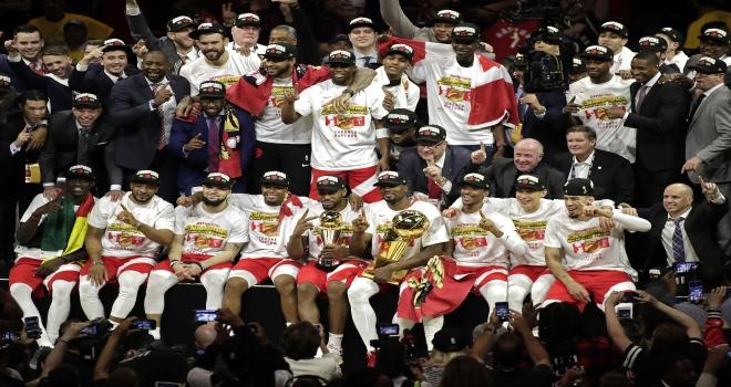 Raptors, tarihinde ilk kez şampiyon