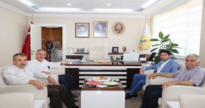 Başkan Saygılı Dedelioğlu ve Özdemi ziyaret etti