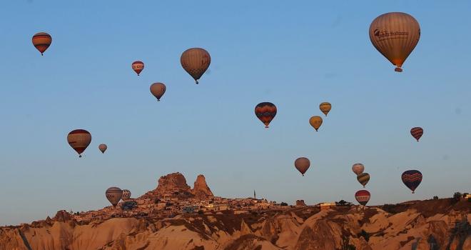 Türkiyenin turizm geliri ikinci çeyrekte yüzde 13,2 arttı