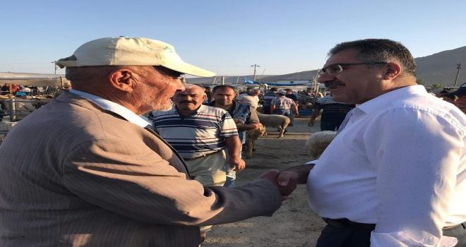 Başkan Ertaş'tan hayvan pazarına ziyaret