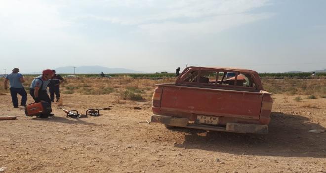 Karamanda kamyonet devrildi: 1 ölü, 4 yaralı