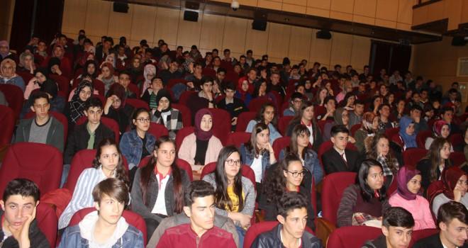 Prof. Dr. Ahmet Şimşek konferans verdi