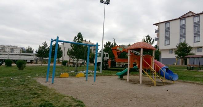 Seydişehir Belediyesiparkları aydınlatıyor