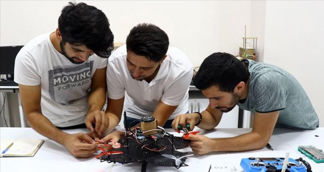 İnsansız hava aracı 'Fırat' ile TEKNOFEST'te iddialı yarışacaklar