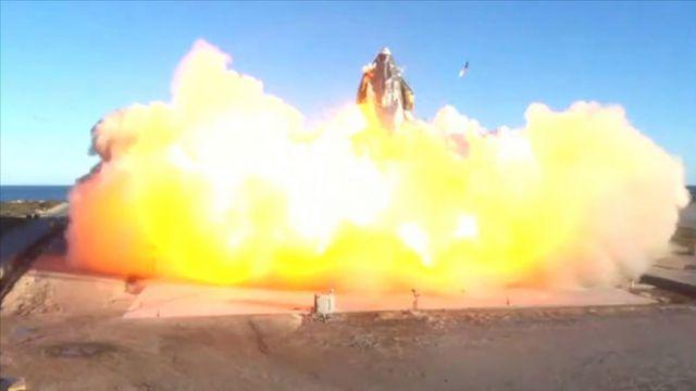 SpaceX'in Mars'a göndermeyi planladığı Starship aracı, yerde infilak etti