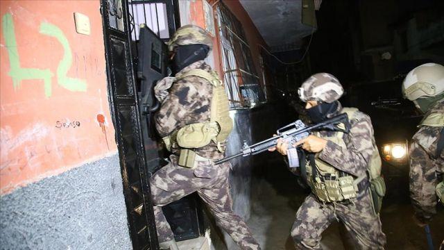 Adana'da 10 şüpheli yakalandı