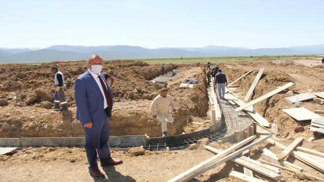 Koçer, Millet Bahçesi inşaatını inceledi