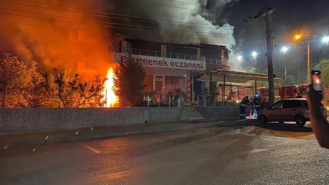 Kapalı restoranda patlama meydana geldi