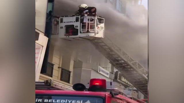 Otelde yangın