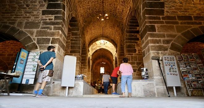 Selçuklu'nun görkemli hanı kapısını turizme açtı