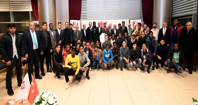 Altay Uluslararası İHL öğrencileriyle buluştu