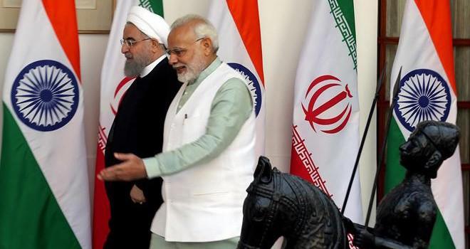 İran'dan Hindistan'a petrol uyarısı