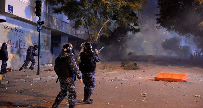 Lübnan'da gerginlikte 35 kişi yaralandı