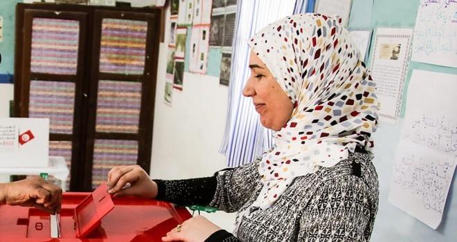 Gözlemciler Tunus seçimlerinden memnun