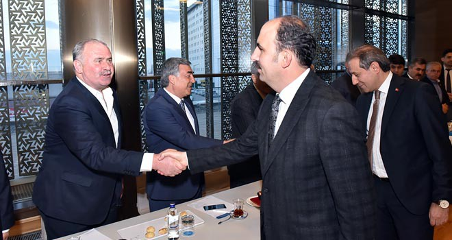 Altay, şoförler odası başkanlarıyla buluştu