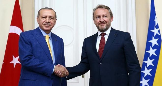Erdoğan, İzzetbegovic ile bir araya geldi