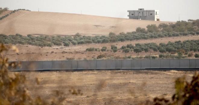 Sınır hattındaki 'modüler duvar' büyük oranda tamamlandı