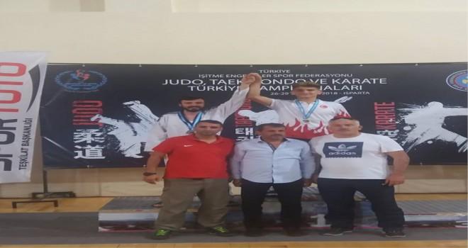 Batuhan Şimşek Türkiye Şampiyonu oldu