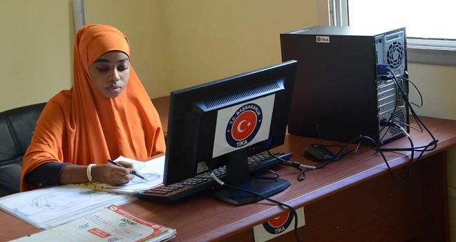 TİKA'dan Somali'ye eğitim desteği