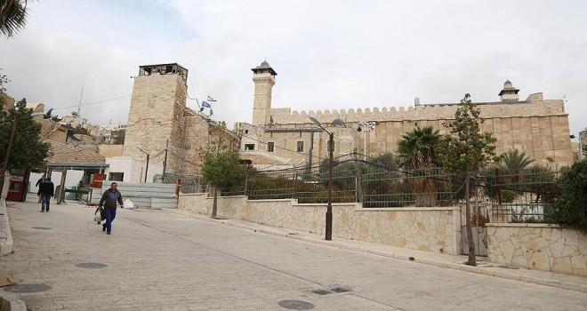 İsrail geçen ay İbrahim Camisi'nde ezanı 52 kez engelledi