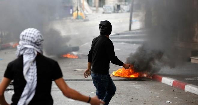 İsrail askerlerinin müdahalesinde bir Filistinli şehit oldu