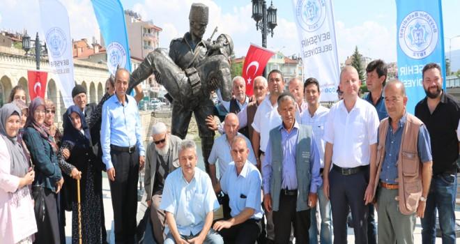 Şehit baba ve  oğul anıtı açıldı