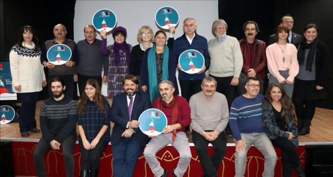 İzmir'de perde yaşamak temasıyla açılıyor