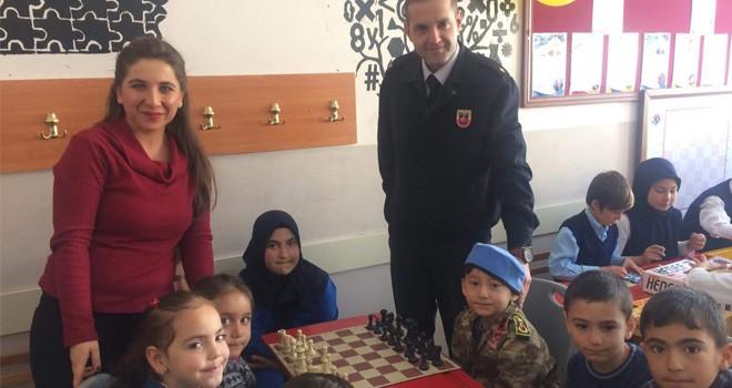 Bozkır'da öğrenciler için zeka oyunları sınıfı açıldı