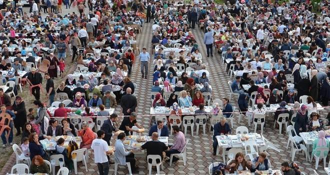 DİTİB'den Almanya'da her gün bin kişiye iftar yemeği